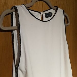 Side zip sheath dress